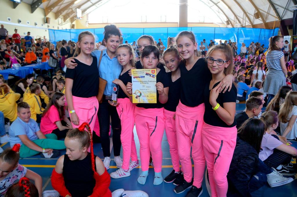 Impresja na podium VII Ogólnopolskiego Turnieju Tańca Freestyle.jpeg