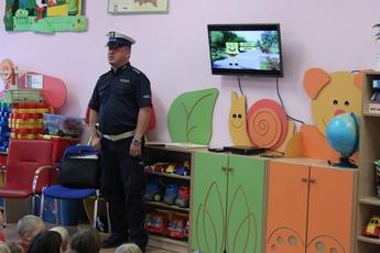 Galeria PRZEDSZKOLE W ROZPRZY - POLICJANT 19-11-14