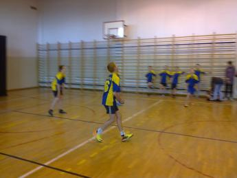 Galeria Zawody powiatowe w mini piłkę siatkową chłopców i dziewcząt