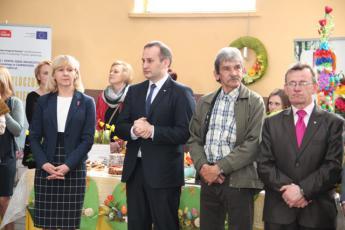 Galeria KGW z Rozprzy na Powiatowym Przeglądzie Stołów i Palm Wielkanocnych w Moszczenicy