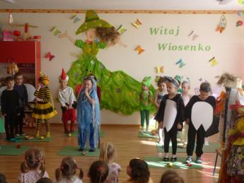 """Galeria Przedszkole w Niechcicach przystąpiło do Akcji """"Ćwiczyć każdy może""""."""