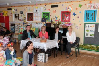 Galeria Wiosna zawitała w Przedszkolu w Niechcicach.