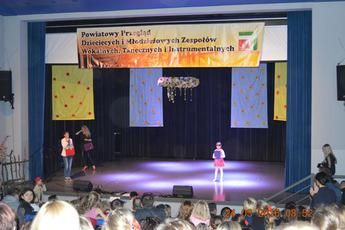 Galeria Powiatowy Przegląd Dziecięcych i Młodzieżowych Zespołów – Wola Krzysztoporska 2016