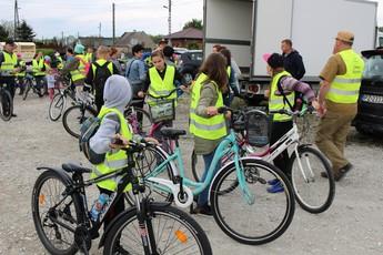 Galeria harcerze na wycieczce rowerowej