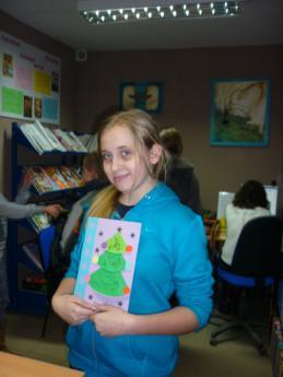 """Galeria """"Kolorowe Święta"""" - warsztaty plastyczne w Gminnej Bibliotece Publicznej w Rozprzy"""