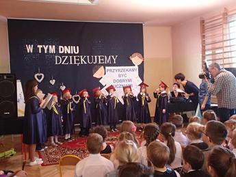 Galeria Dzień nauczyciela i pasowanie pierwszoklasistów Nowa Wieś 2016
