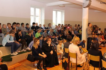Galeria Pasowanie pierwszoklasistów Mierzyn 2016
