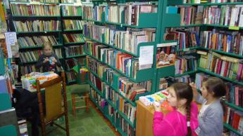 Galeria Warsztaty plastyczne w Bibliotece.