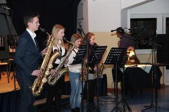 Galeria Koncert Noworoczny w gminazjum w Rozprzy 2017