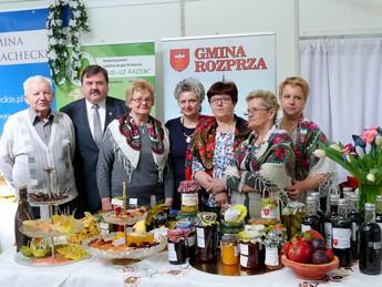 Gospodynie z Gminy Rozprza promowały swoje produkty w czasie Międzynarodowych Targów Turystyki Kulinarnej.jpeg