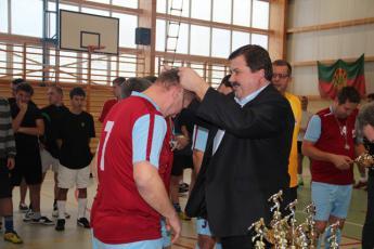 Galeria IX Mikołajkowy Gminny Turniej w Halową Piłkę Nożną pod hasłem Papierosy, narkotyki, wódka precz - lepiej wybierz się na mecz.