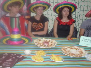 Galeria Uczniowie z Gimnazjum w Rozprzy wzięli udział w II Festiwalu Smaków!