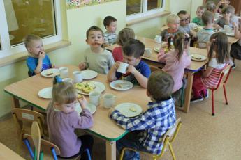 Galeria Przedszkole w Rozprzy wzięło aktywny udział w akcji pt. 8 listopada Dzień Zdrowego Śniadania