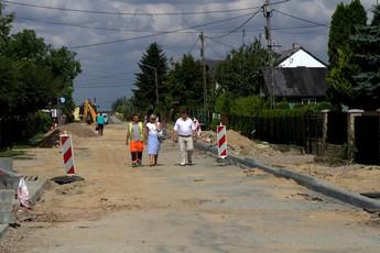Galeria Trwają prace na drogach w Gminie Rozprza