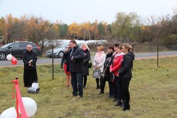 Galeria otwarcie placu zabaw w Łochńsku