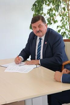 Galeria Podpisanie umowy Gieski