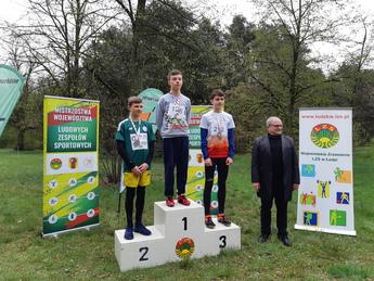 Wiktor Kowalewski - mistrz województwa Łódzkiego LZS w Biegach Przełajowych na 800 m