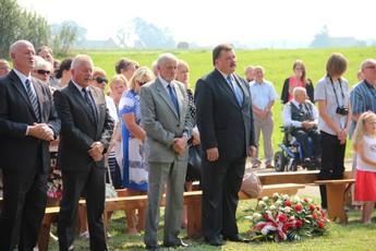 Galeria Wspólnie oddali hołd poległym żołnierzom w Milejowie